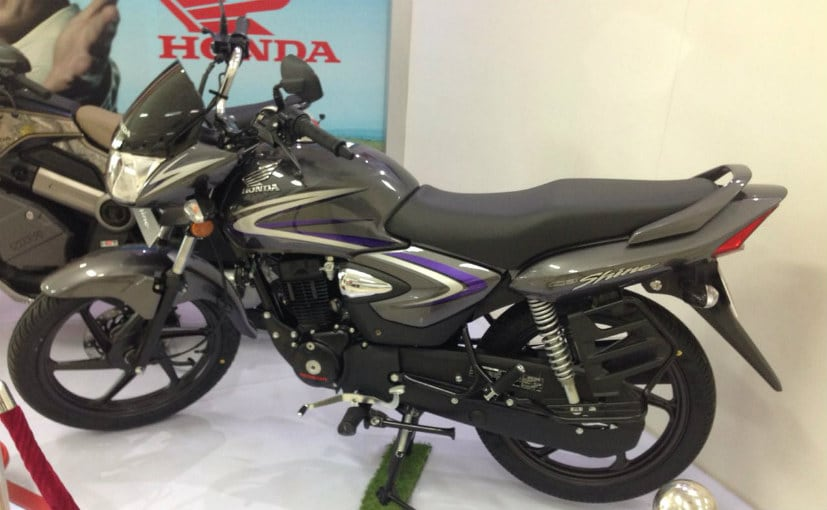 honda two wheelers rolls out 50th lakh cb shine; launches 2017 bs