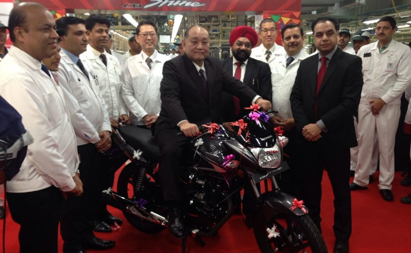 Honda Two Wheelers Rolls Out 50th Lakh CB Shine; Launches 2017 BS IV Model