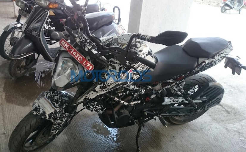 Camouflaged 2017 KTM 200 Duke Spotted Testing Ahead Of Launch
