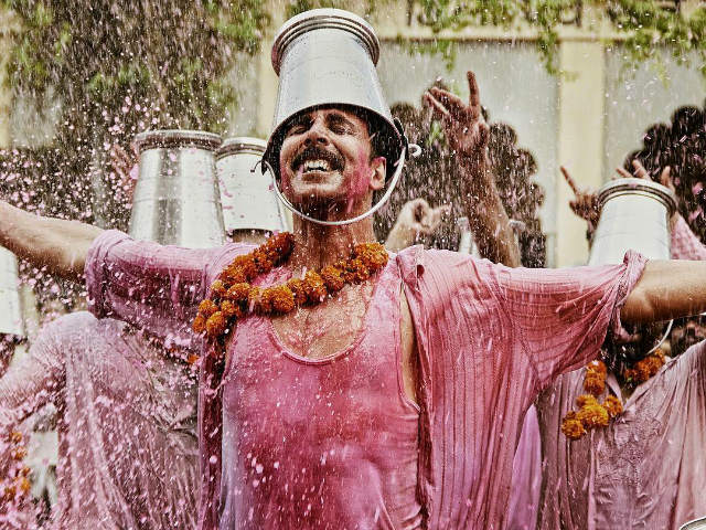 Jolly LLB 2 Box Office Collection: Akshay Kumar's Film Has 'Terrific' Sunday, Makes Over 50 Crore