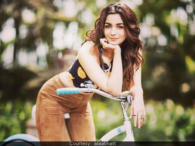 Alia Bhatt's Hard Work Inspires Me, Says Athiya Shetty