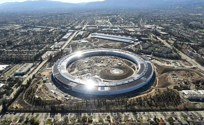 Employees Crashed Into Apple's New Headquarters' Glass Walls