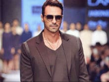 Arjun Rampal Says <i>Aankhen 2</i> Will Be 'Bigger and Better' Than First