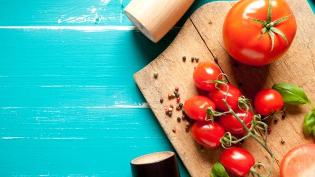Cherry Tomatoes Vs Regular Tomatoes: What's The Difference