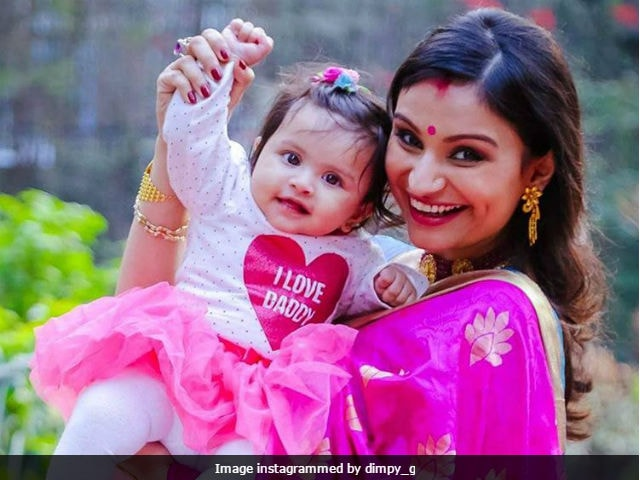 Dimpy Ganguli Shares Adorable Pictures Of Her Daughter, Trends