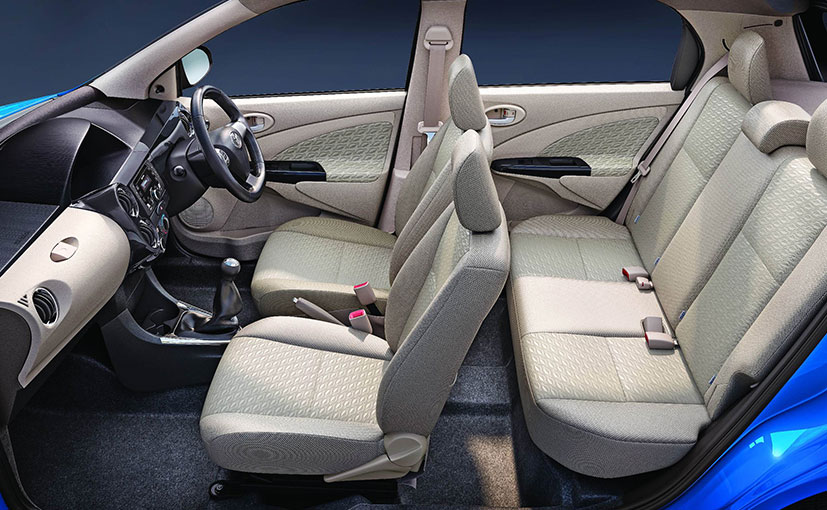 new dual tone toyota etios liva launched at rs lakh. Black Bedroom Furniture Sets. Home Design Ideas