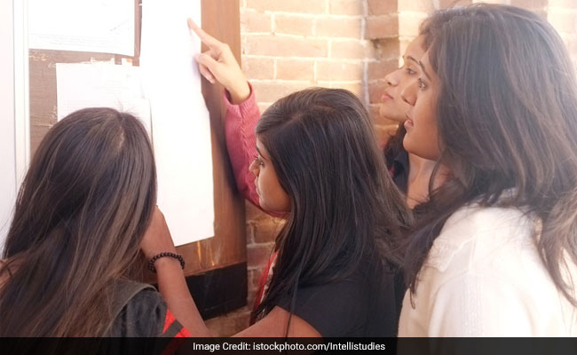 CBSE To Scrap Marks Moderation Policy, May Lead To Lower DU Cutoffs