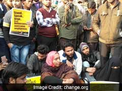 Missing JNU Student Najeeb Ahmed's Mother Stages Protest In Lucknow