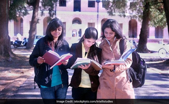 CBSE Class 12 Result 2017 To Be Delayed Further, Board May Approach Supreme Court On Moderation Policy