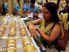 Gold Price Today Falls Rs 125 To Rs 29,275 Per 10 Grams