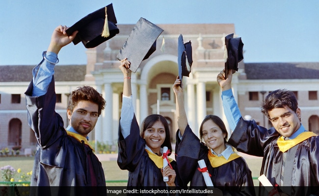 Gross Enrolment Ratio For Higher Education Increases To 24.5%  Says MHRD