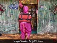 महाराष्ट्र का यह अनोखा स्कूल जहां पिंक बैग टांगे 90 साल की दादियां स्कूल जाती हैं..