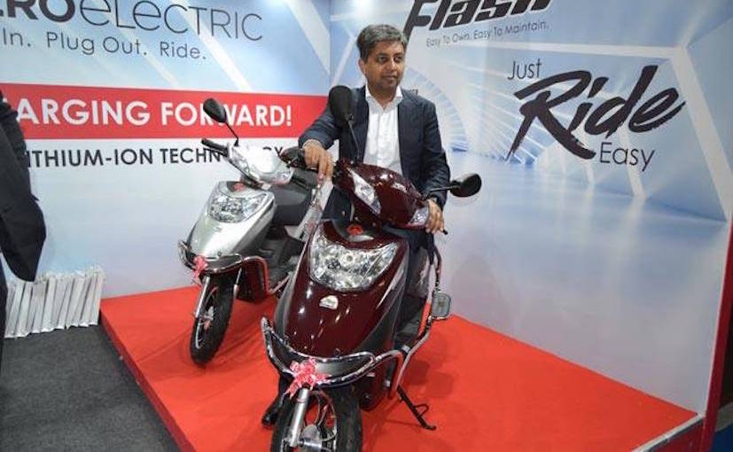 76cd7505421 Hero Flash Electric Scooter Launched In India At Rs. 19,990 - NDTV ...