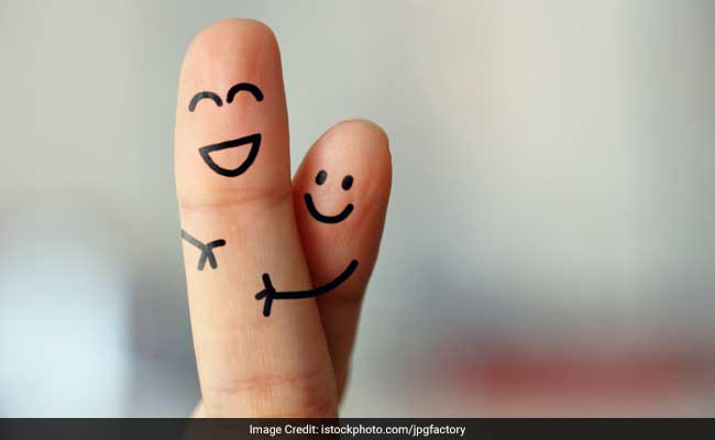 Valentine Week 2017: Spread Love And Warmth This Hug Day
