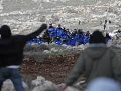 Israeli Forces Brace For Evacuation Of West Bank Outpost