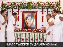 Jayalalithaa Was Convicted, Remove Portraits From Government Offices: DMK