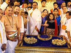 As KCR Gifts Gold To Gods, Crackdown On Jobs Protest In Hyderabad