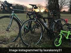 इस कपल ने साइकिल दिखाकर बताई प्रेग्नेंसी न्यूज, तस्वीर हुई वायरल