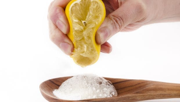 Brushing Your Teeth with Baking Soda: Is it Safe or Not