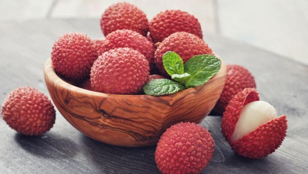 9 Amazing Lychee Benefits: From Better Digestion to Weight Loss