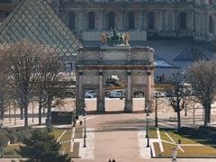Paris' Louvre Museum Shuts Due To Coronavirus