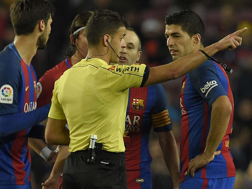 Luis Suarez Sent-Off as Barcelona oust Atletico Madrid to Reach Copa Del Rey Final