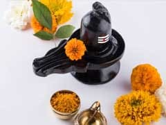 <I> Mahashivratri </I> 2019 Today: <I> Shivratri Puja </> Time, <I> Shubh Muhurat </I>, Significance and Fasting <I> (Vrat) </I> Rules