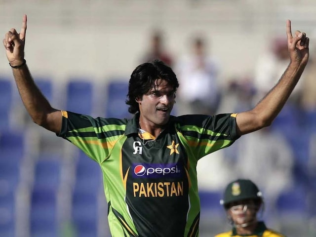 Pakistan Ban Fast Bowler Mohammad Irfan For One Year For Role In PSL Corruption