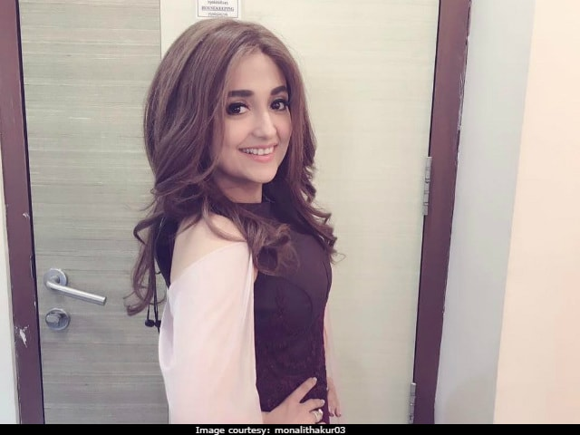 Monali Thakur Writes Angry Post Over Rude Comments On Her Outfits, Then Deletes It