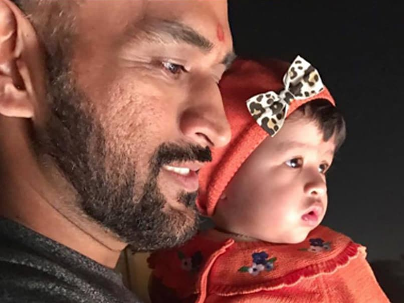 MS Dhoni's Video Of Crawling With Daughter Ziva Goes Viral