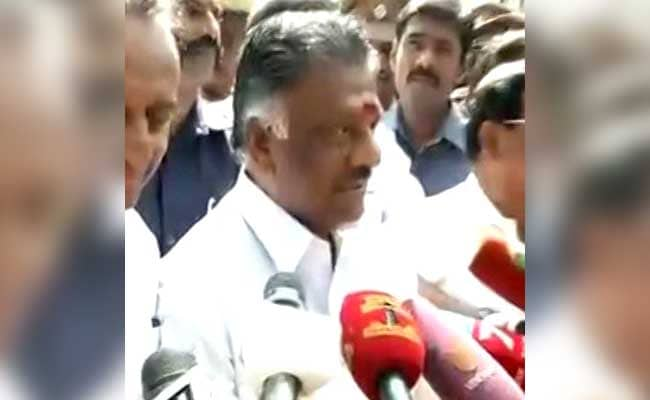 Panneerselvam Camp Moves Supreme Court Against Speaker's Decision On Secret Ballot