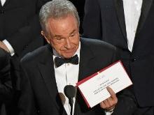 Oscars 2017: Warren Beatty Is Getting Roasted On Twitter After Best Film Flub