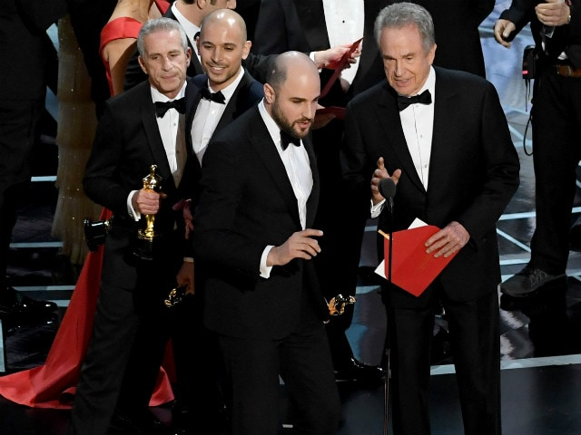 Oscars 2017: 2 People Knew La La Land's Win Was A Mistake. Why Did It Take So Long To Correct?