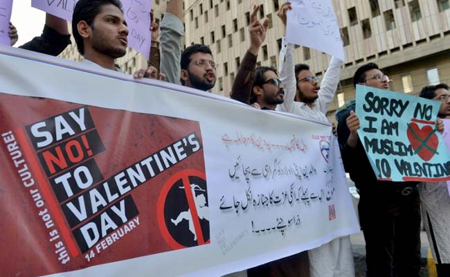 Pakistan High Court Bans Valentine's Day Celebrations