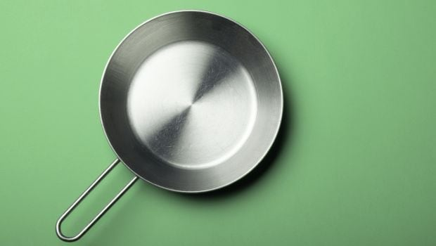8 Smart Tips to Increase the Life of a Non-Stick Pan