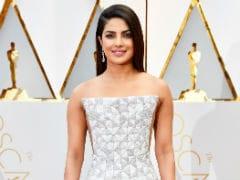 ऑस्कर 2017: प्रियंका चोपड़ा का ड्रेस ट्विटर को लगा 'काजू कतली' जैसा, क्या देखा आपने?