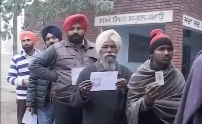 Punjab Civic Body Elections 2017: Voting Under Way In Amritsar, Jalandhar And Patiala