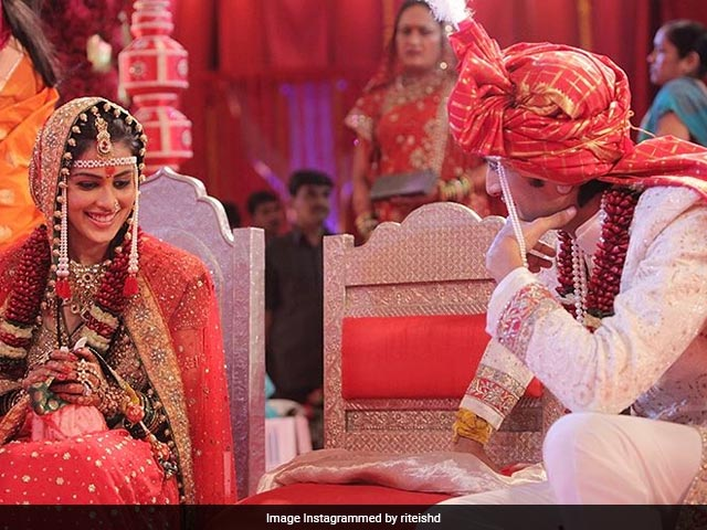 Riteish Deshmukh, Genelia D'Souza's Anniversary Posts Will Melt Your Heart