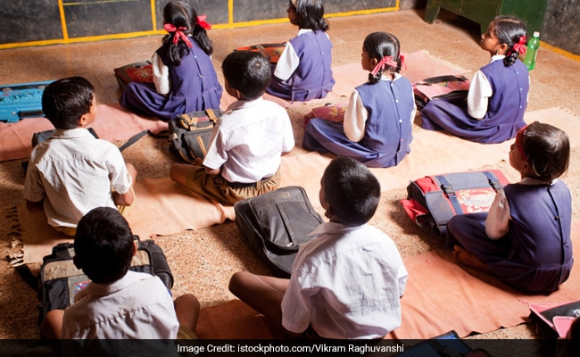 Rachakonda Cops Start Schools At Brick Kilns For Migrants