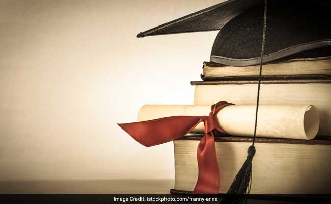 Rs 75,000 Scholarship To Retain 'Best Minds' Soon: HRD Minister Prakash Javadekar