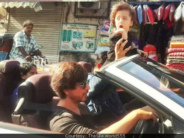 Viral: Shah Rukh Khan Drives AbRam Around Mumbai. The Internet Loves It