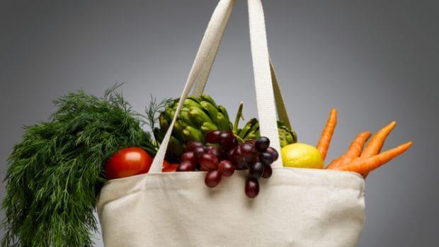 shopping bag with fresh veggies