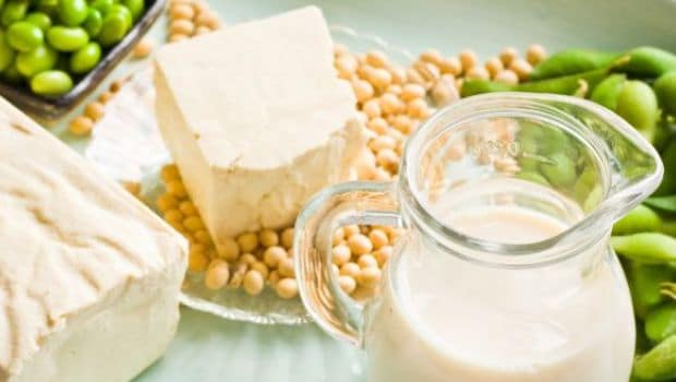 7 Proven Health Benefits Of Soy Milk