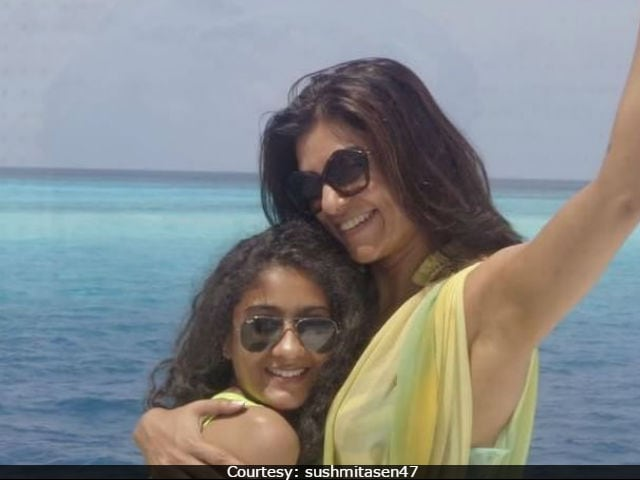 Sushmita Sen's Daughter Sings Adele's Hello And It's Wow