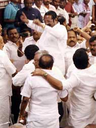 तमिलनाडु की नई सरकार में पहली बार स्टालिन, गांधी और नेहरू एक साथ दिखेंगे