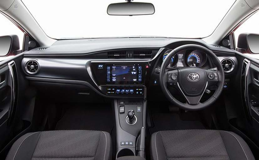 exclusive toyota corolla hybrid to launch this year. Black Bedroom Furniture Sets. Home Design Ideas