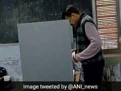 UP elections 2017: 'अयोध्या' और 'अमेठी' की सीटें 'प्रतीक' और 'प्रतिष्ठा' का प्रश्न