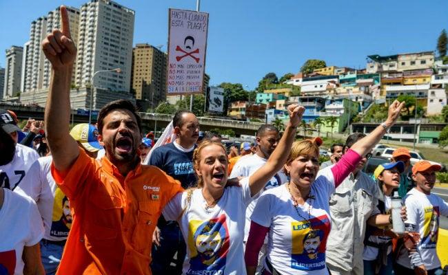 वेनेजुएला: विपक्ष के नेता लियोपोल्डो लोपेज फिर से नजरबंद