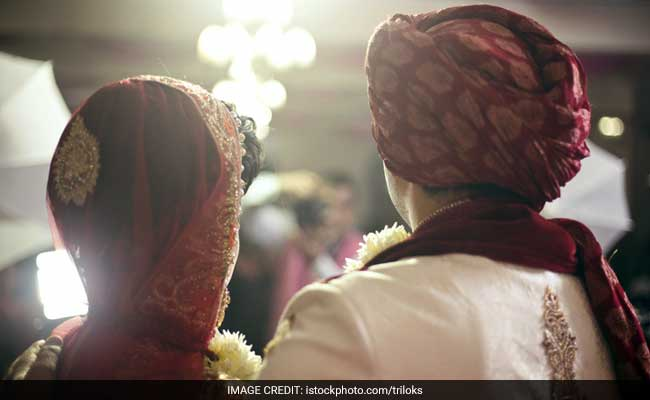 3,000 Couples In Maharashtra Get 'Royal Wedding'