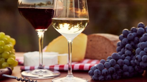 How to Drink Wine, a Beginner's Guide